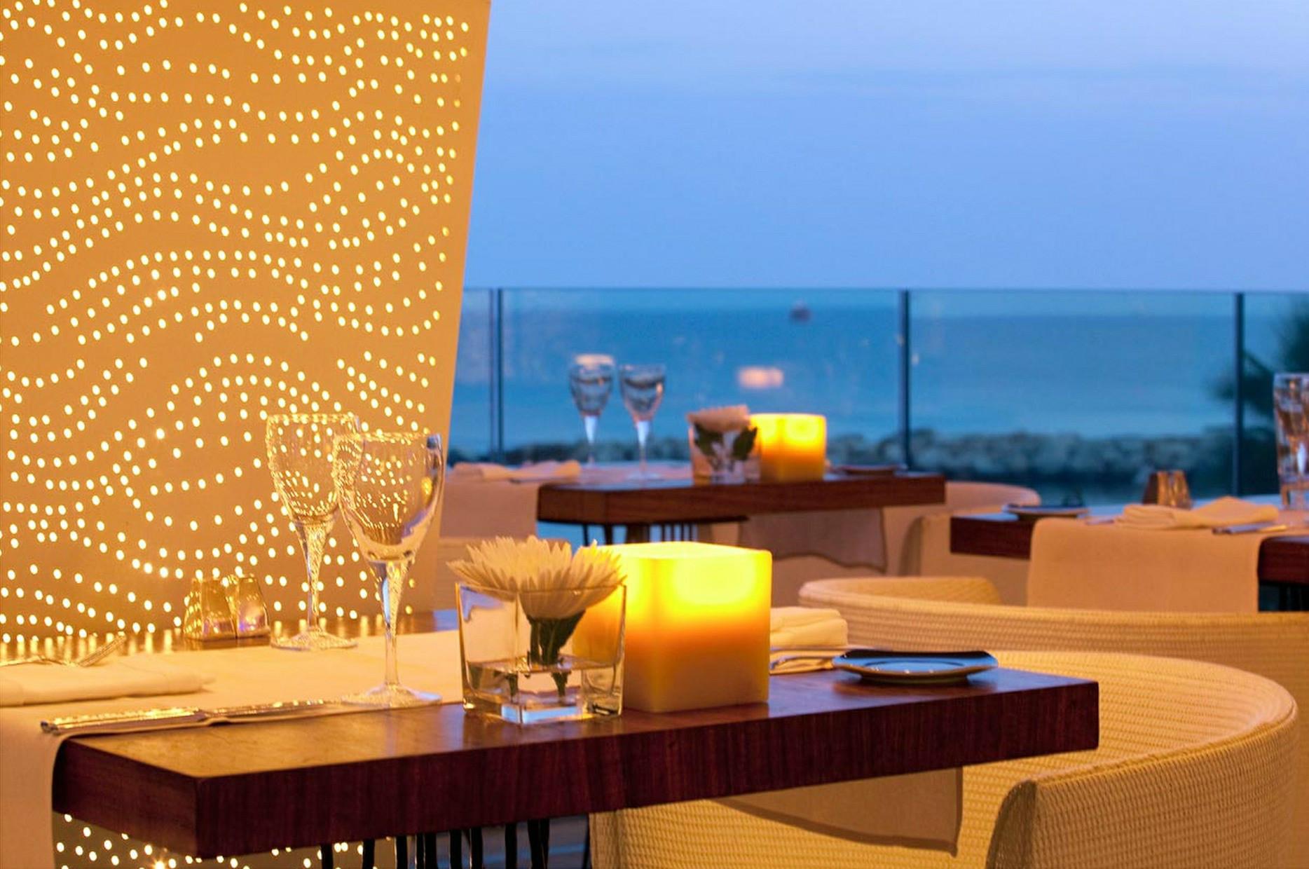 Cyprus dinner news online cha ne des r tisseurs for Chaine hotel restaurant